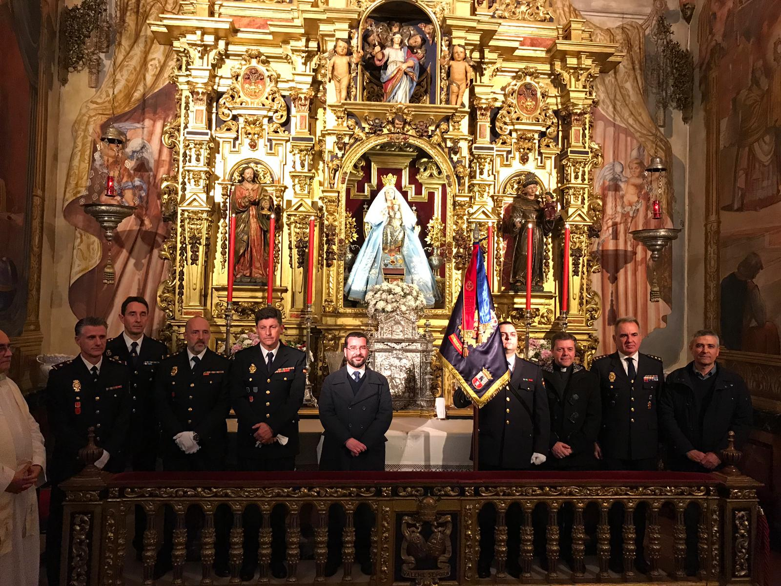 RECONOCIMIENTO A LA POLICÍA NACIONAL DE DOS HERMANAS