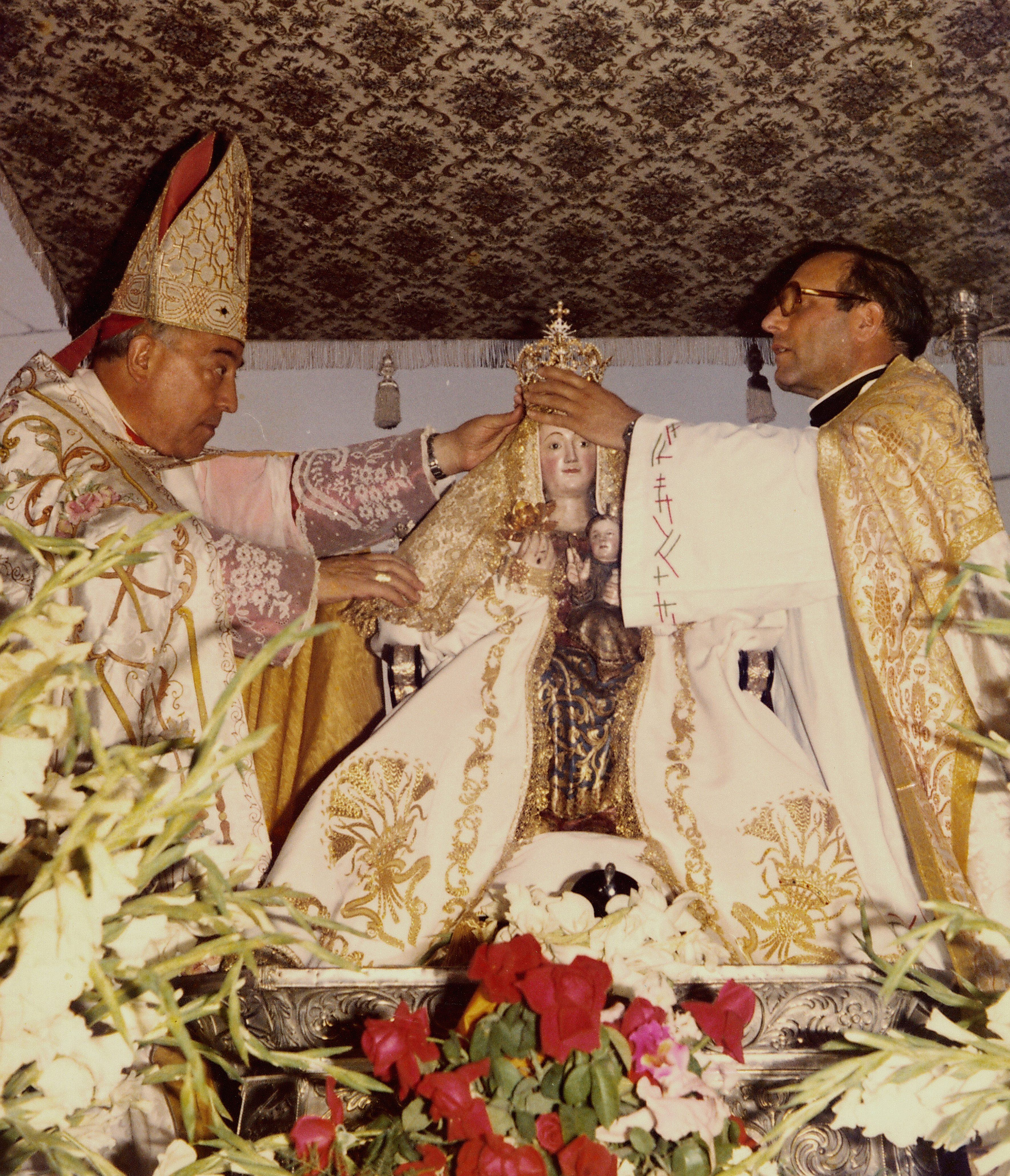 Envía tu propuesta para conmemorar el cincuenta aniversario de la coronación de la Virgen de Valme
