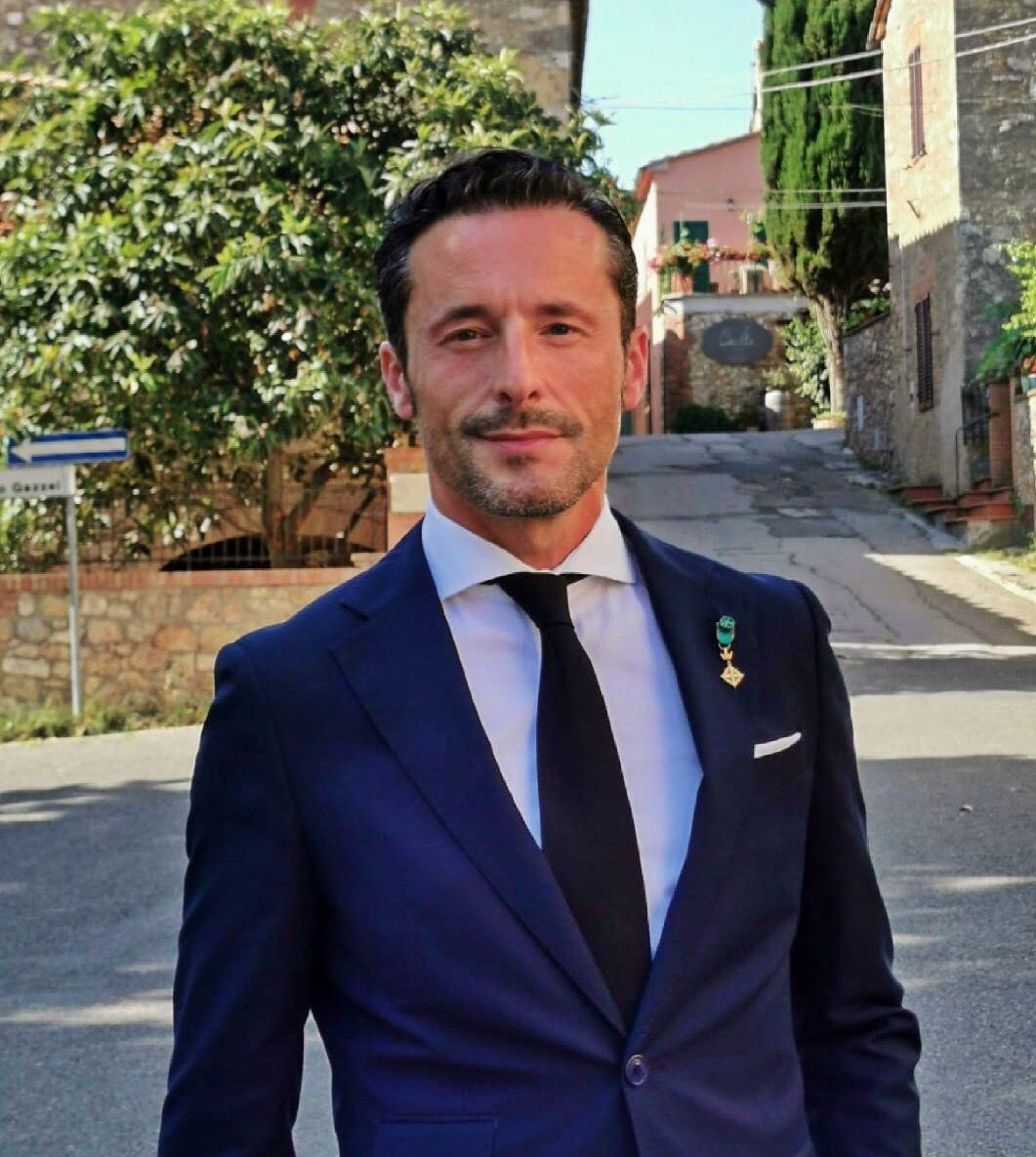 Entrevista a Javier Aguilar, cartelista de Valme de 2021